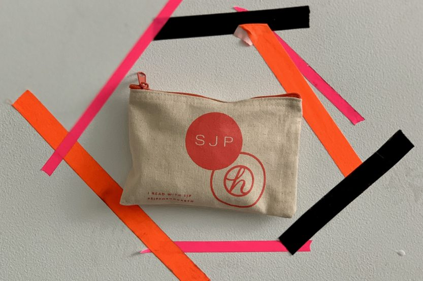 pouch-with-tape